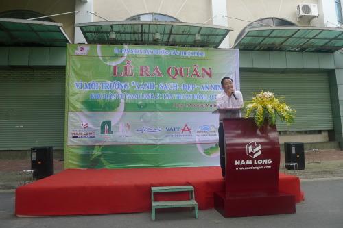 Chủ tịch UBND P.Tân Thuận Đông, Quận 7 tới tham dự và phát biểu tại buổi lễ ra quân